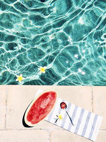 sea-sex-and-swimming-pool-and-ice-cream_01_49