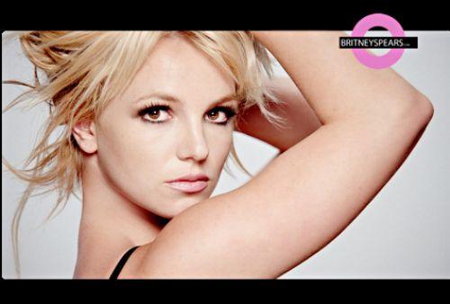Фото с клипа Бритни Спирс на сингл