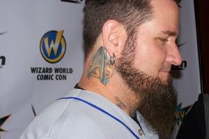 I couldn't resist a shot of Chris 51's neck tattoo