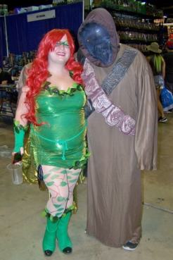ivy and her sand person (400x600)