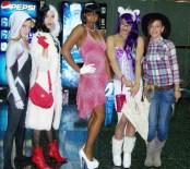 the girls (600x535)
