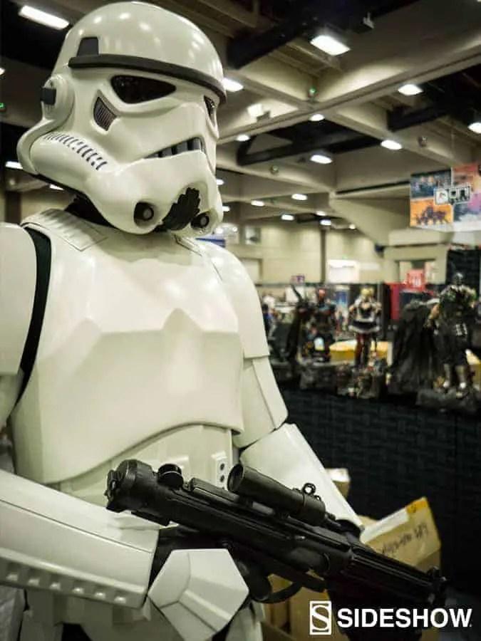 Stormtrooper-Lifesize-SDCC2016-03