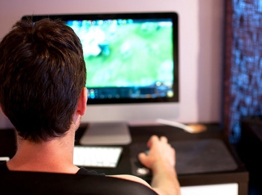Hot topics in the online gaming world