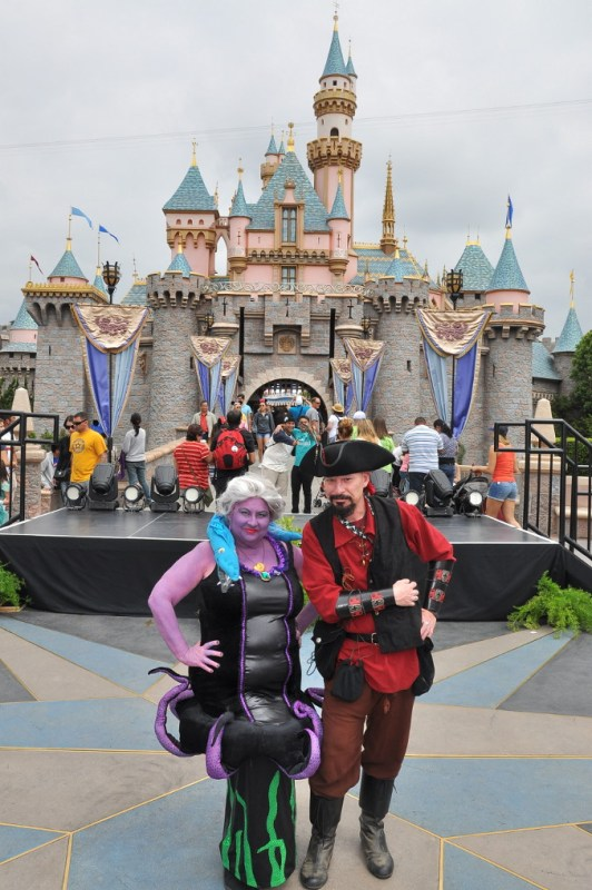 Its not every day that guests get to pose in front of the castle in a costume.