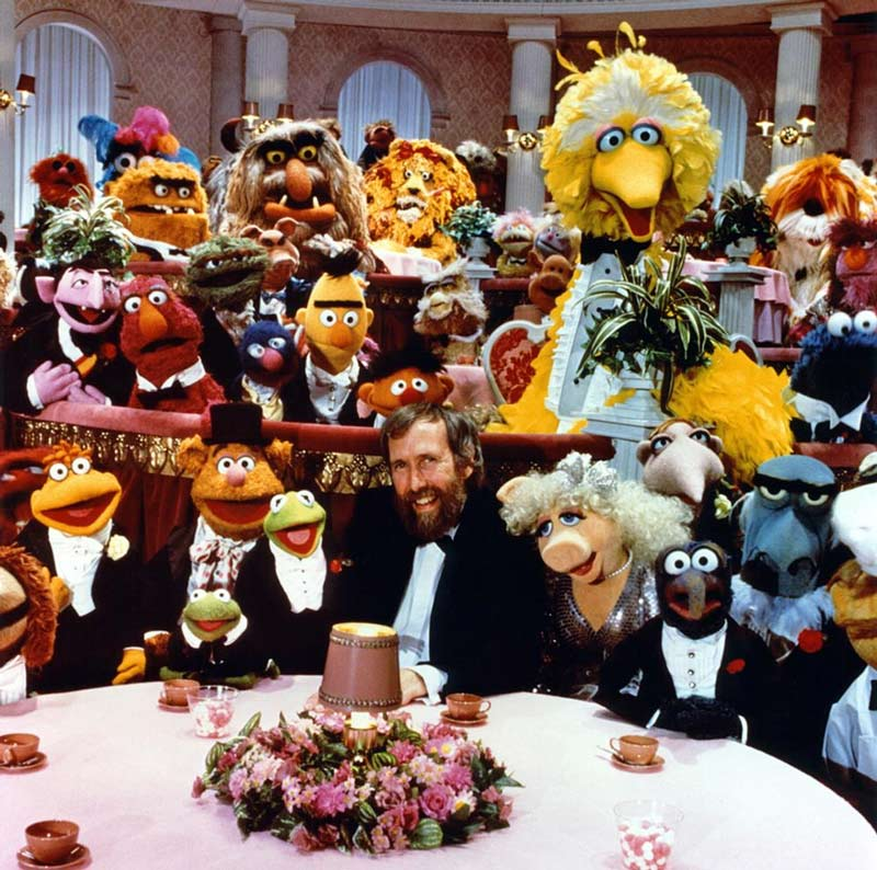 Jim_Henson-with-muppets