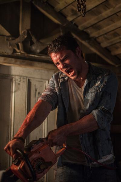 Shiloh Fernandez in TriStar Pictures' horror EVIL DEAD.