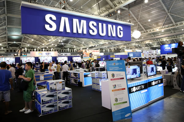 PC Show 2013 Samsung Booth