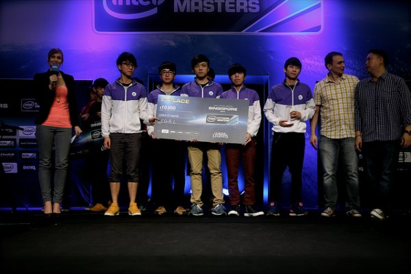 Intel Extreme Masters Singapore Day 2 - Your Winners of the LoL Amatuer tournament...CGA