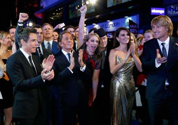 "LONDON, ENGLAND - FEBRUARY 04:  Ben Stiller, Valentino, Christine Taylor, Penelope Cruz and Owen Wilson with cast and guests celebrate after record breaking selfie attempt during a London Fan Screening of the Paramount Pictures film ""Zoolander No. 2"" at the Empire Leicester Square on February 4, 2016 in London, England.  (Photo by Getty Images/Getty Images for Paramount Pictures) *** Local Caption *** Ben Stiller;Valentino;Christine Taylor;Penelope Cruz;Owen Wilson"