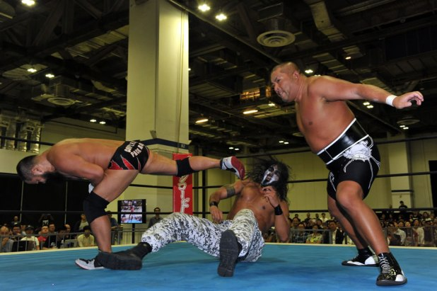 WRESTLING WORLD 2016 IN SINGAPORE Tanga Roa and Tama Tonga vs Gedo and Tomohiro Ishii