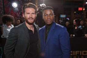 Pacific Rim Uprising world premieres