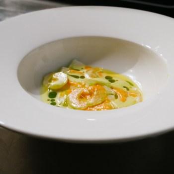 Michele Lazzarini, St. Hubertus - Ceviche di baccalà, crema di peperone, sedano, cipolla
