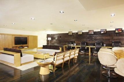 Mezzanine Lounge-2