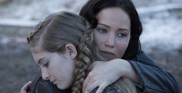 katniss-prim-catching-fire