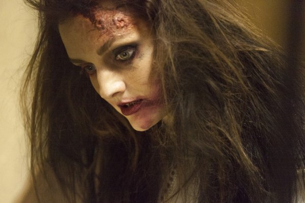condemned 2015 tess lydia hearst
