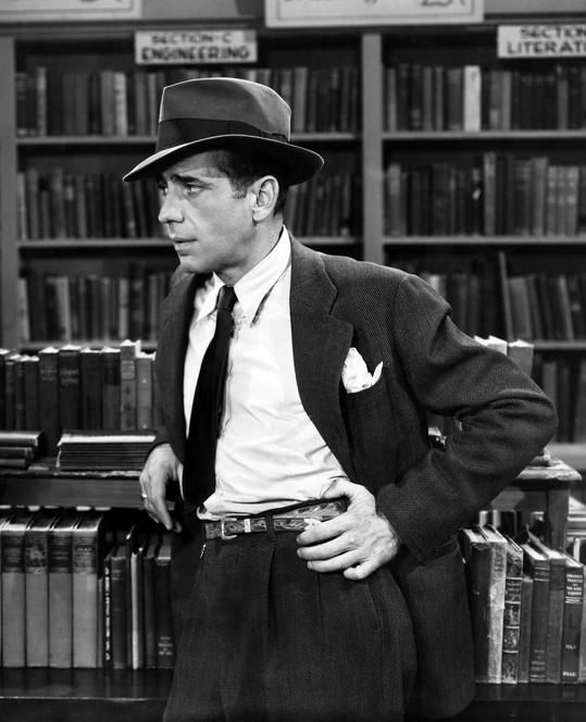 Humphrey Bogart as Philip Marlowe in The Big Sleep (1946, Warner Bros.)