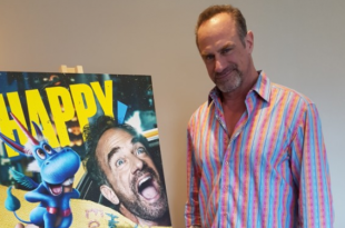 chris meloni happy season two - thumb
