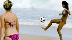 art-Rio-Beach-Ball-Game-620x349
