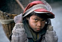 nepal-child-labour-revolution-needed-2227g4i