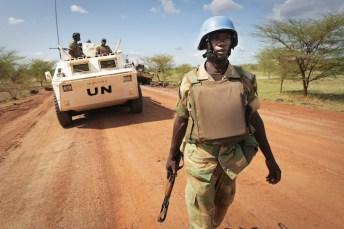 Casco blu dell'ONU.