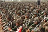 Adunata di soldati indonesiani a Poso.