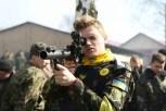 Paramilitare di Pravy Sektor con la divisa della Guardia nazionale.