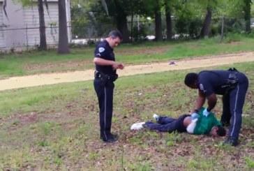 Usa, un video inchioda il poliziotto bianco assassino