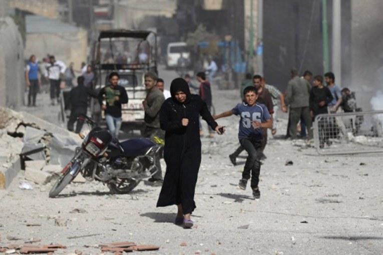 """Il """"compagno"""" Assad bombarda i kurdi in Rojava. Erdogan ringrazia"""