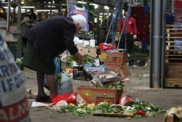 Povertà, quella mezza Italia che non arriva a fine mese
