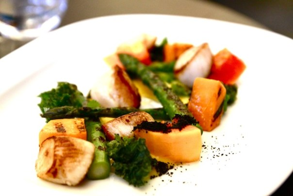 Main course: Scallops, asparagus, papaya, grilled pumpkin