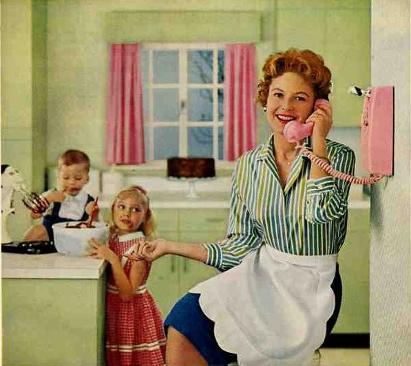 1950s housewife on the phone