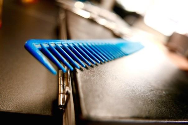 Blue comb