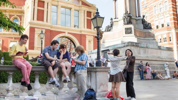 Queuing.... Pic from http://www.royalalberthall.com