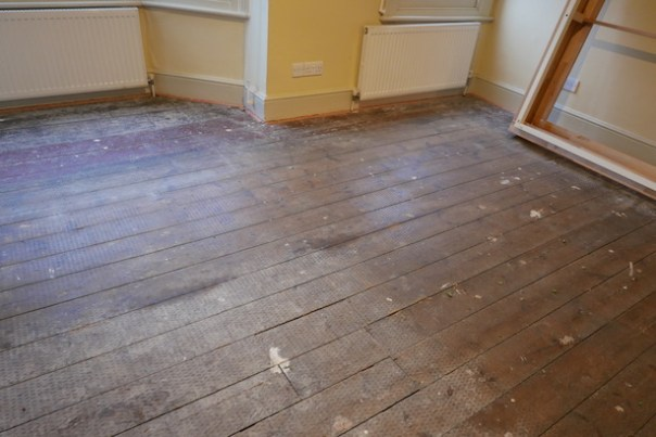 Restoring-Old-Wooden-Floors-12