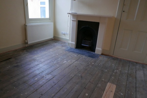 Restoring-Old-Wooden-Floors-17