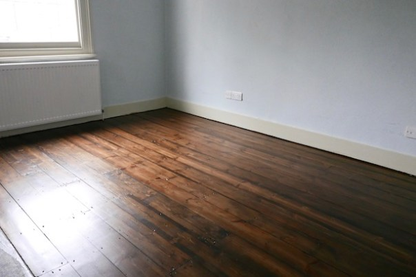 Restoring-Old-Wooden-Floors-3