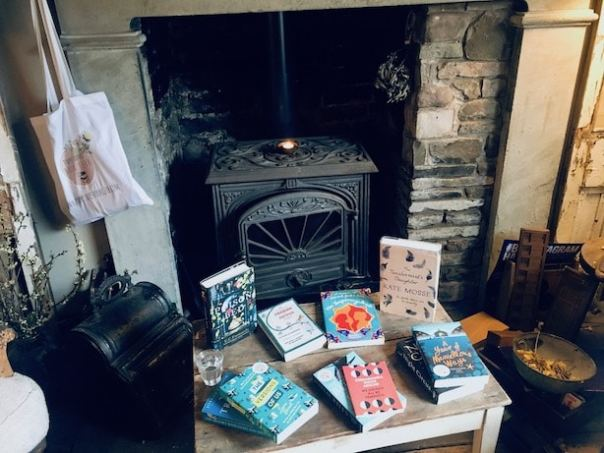 Bookstagram-Hay-2019-24
