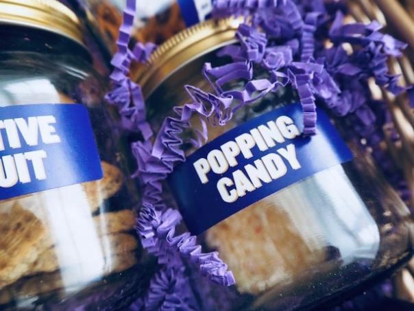 Cadbury-Inventor-Poppy-Loves