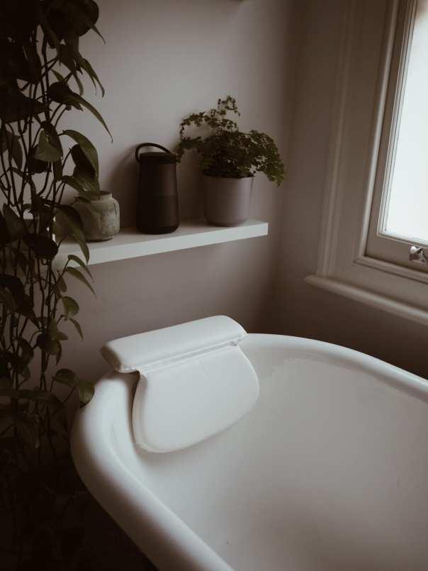 Bath-pillow
