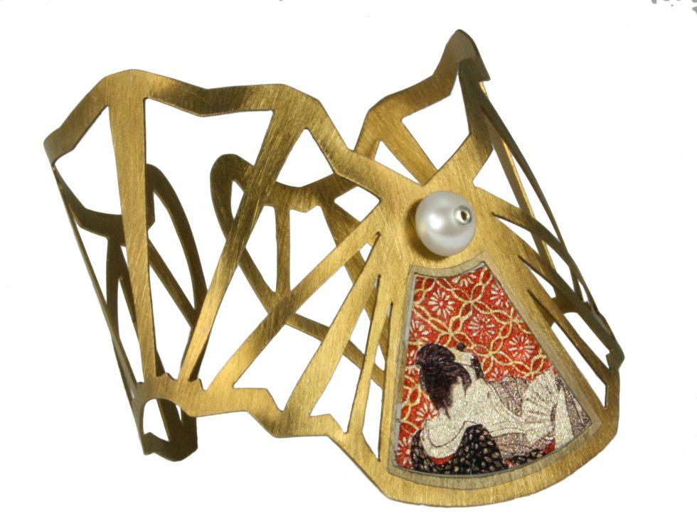 Shunga Cuff Bracelet