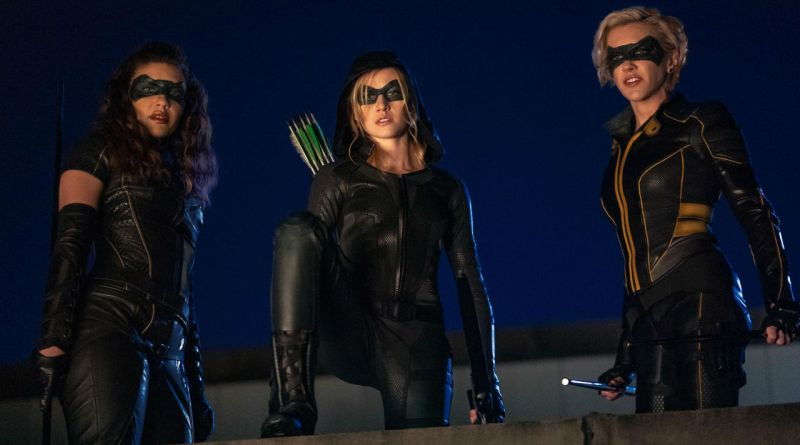 Teaser de Arrow pós-Crise, mostra nova heroína com manto de Arqueiro Verde
