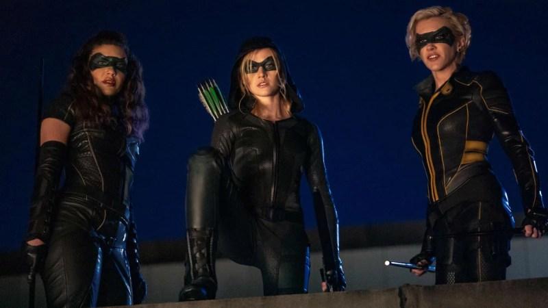 Green Arrow and the Canaries é a série que substituirá Arrow