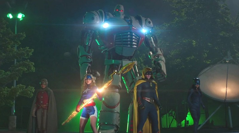 Stargirl apresenta elenco e Sociedade da Justiça