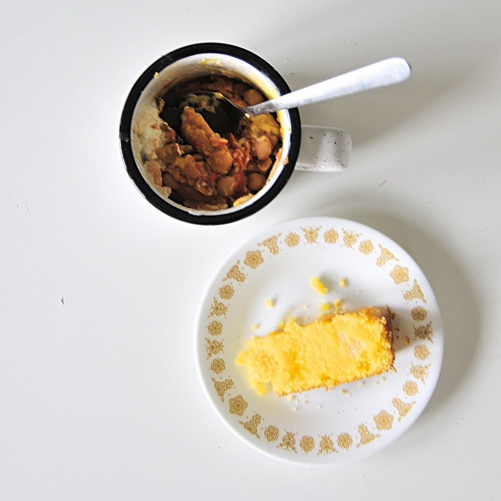 serve-veggie-chili-with-cornbread-pop-shop-america-recipes
