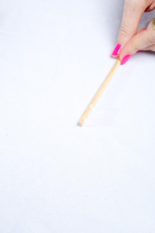glue-make-agate-gemstone-cocktail-stirrers