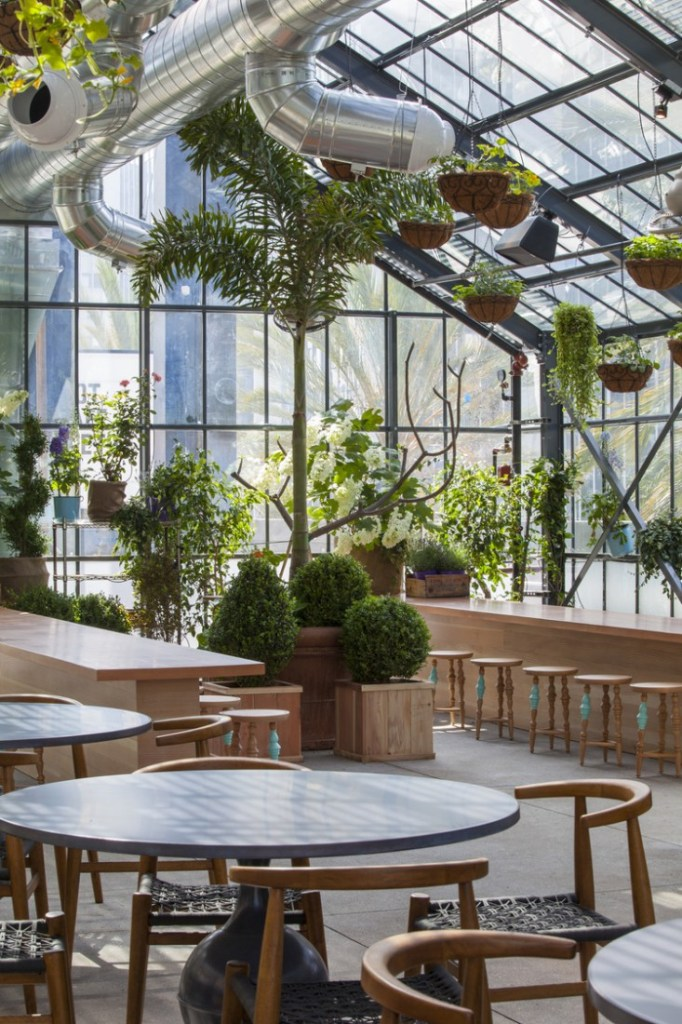 dining room at Roy Choi's Commissary on Gardenista