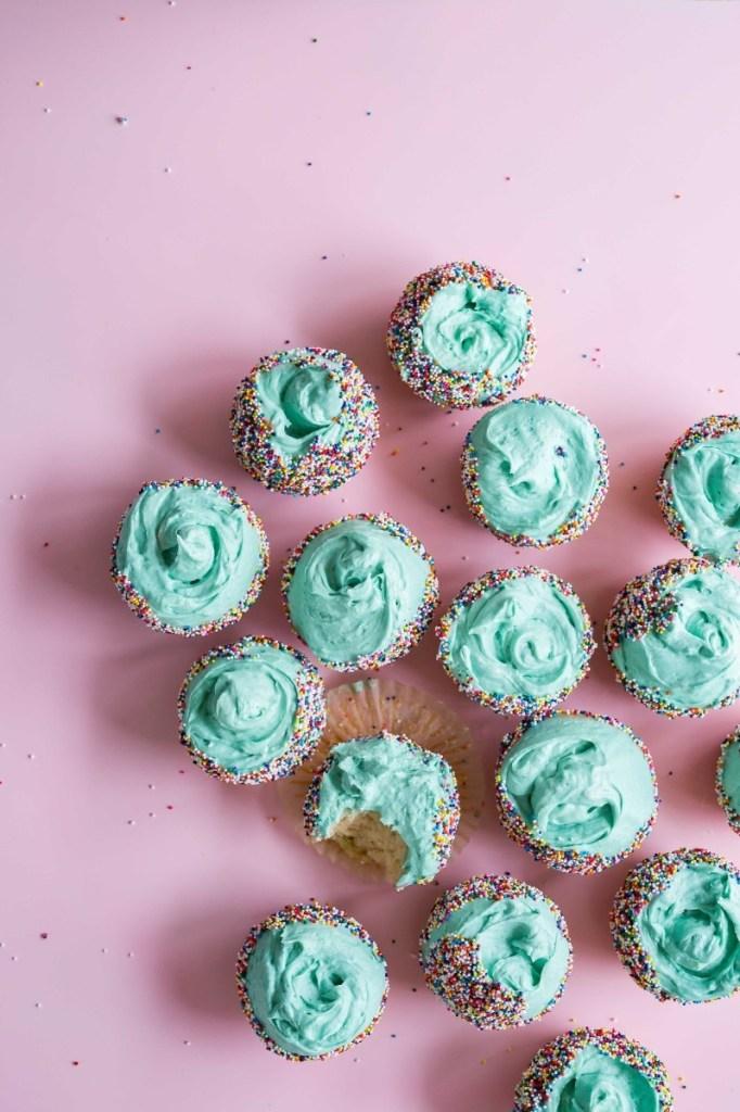 sea punk cupcakes diy turquoise cupcakes pop shop america