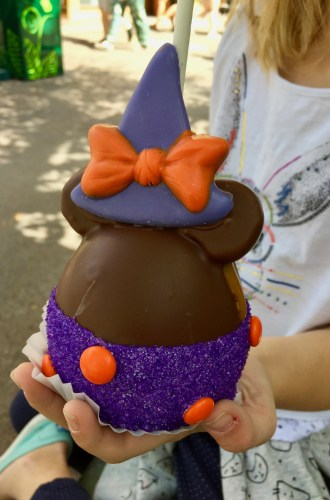 Travel: Disneyland Halloween Time