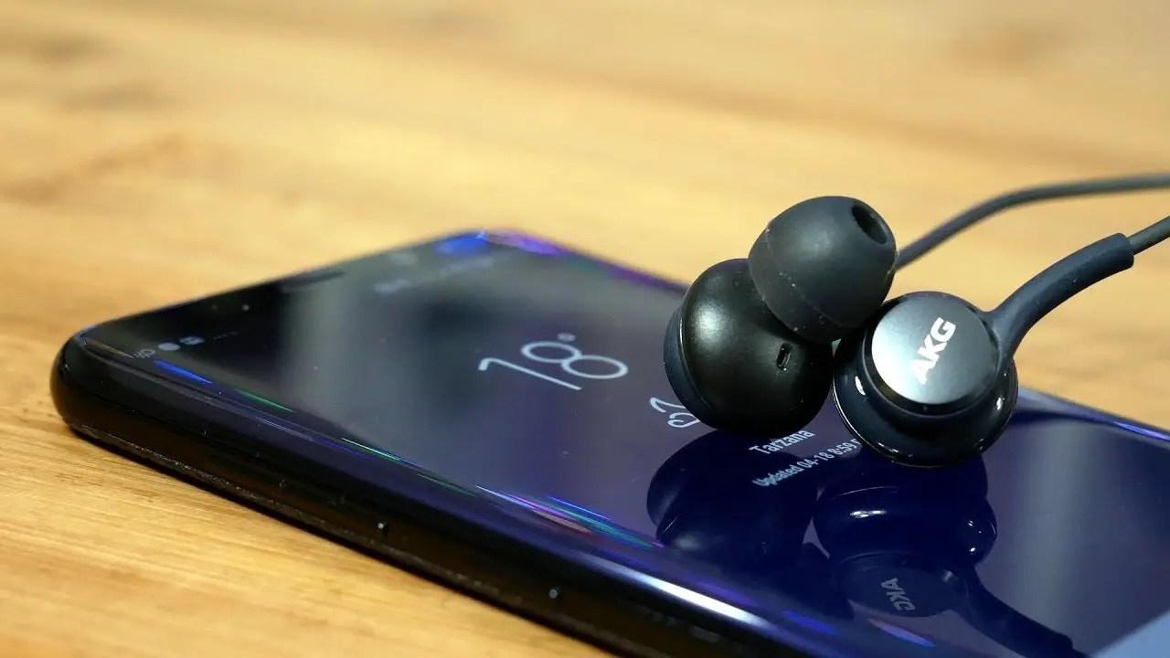 7 Best Smartphones For Music Best Audio Quality 2020 Popsmartphone
