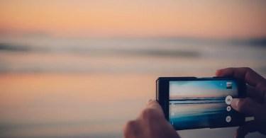 best unlocked smartphone for international travel